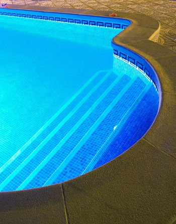pool lighting options 7 bright ideas pool pricer. Black Bedroom Furniture Sets. Home Design Ideas