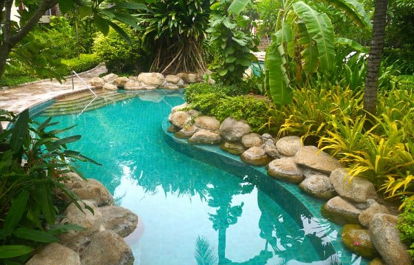 Dream Big: 3 Cool Pool Features That'll Cost You | Pool Pricer