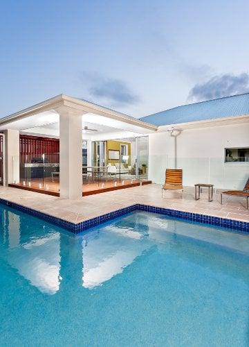 Modern luxury swimming pool